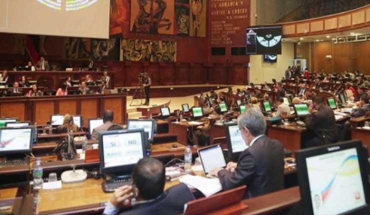 Asamblea tratará el 14 de junio sobre pedido de enjuiciamiento a Correa