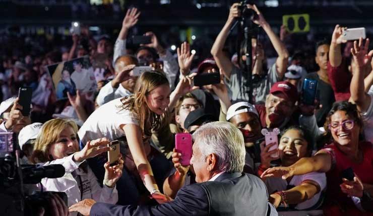 Candidatos a la presidencia en México cierran campañas