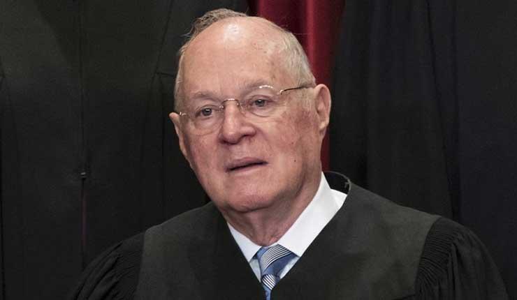 Se retira juez de Corte Suprema, Trump busca suplente