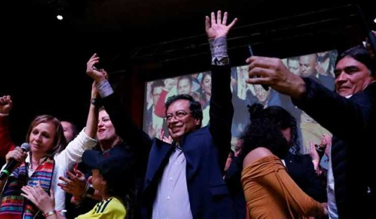 Las elecciones presidenciales marcan el final de los partidos tradicionales en Colombia