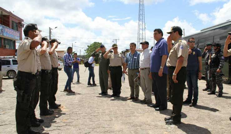 Ecuador trabaja en planes integrales de seguridad
