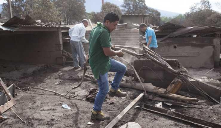 Guatemala: suspenden tareas de rescate cerca de volcán