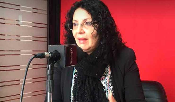Isabel Ramos habla sobre el dominio mediático en la coyuntura política del Ecuador