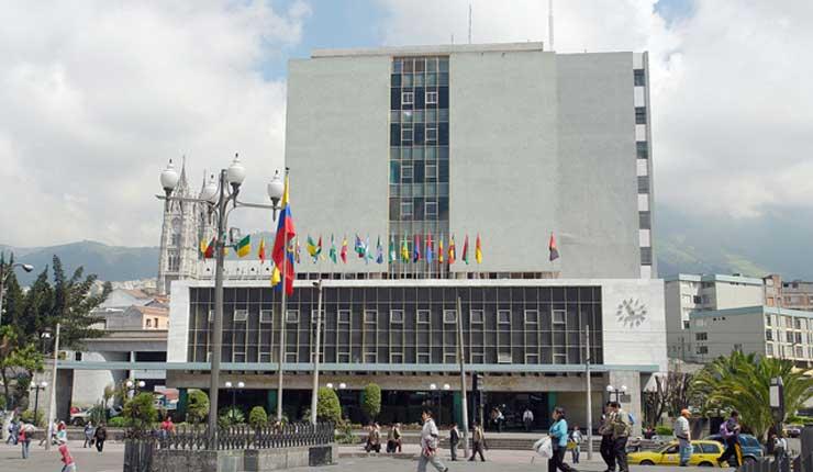 Gobierno devolverá la autonomía al Banco Central del Ecuador