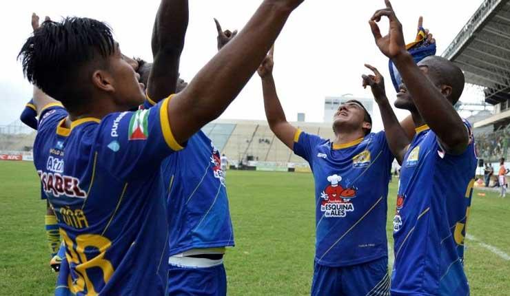 Delfín, Fútbol, Campeonato Ecuatoriano,