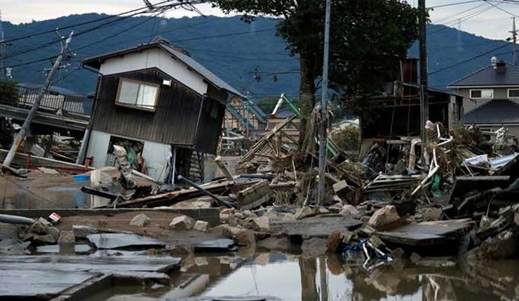 Las peores lluvias torrenciales en tres décadas dejan ya 157 muertos en Japón