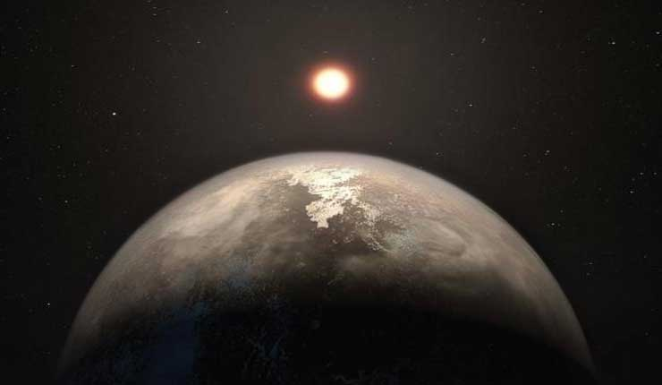 Un planeta cercano similar a la Tierra es templado y puede tener agua