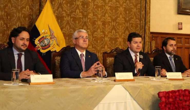 Ecuador protesta ante Bolivia y Venezuela por comentarios sobre Rafael C.