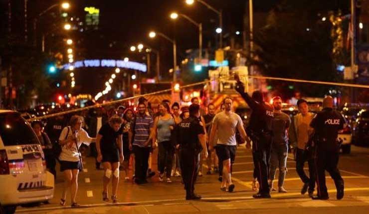 Tiroteo en Toronto deja dos muertos, incluido el atacante, y 13 heridos