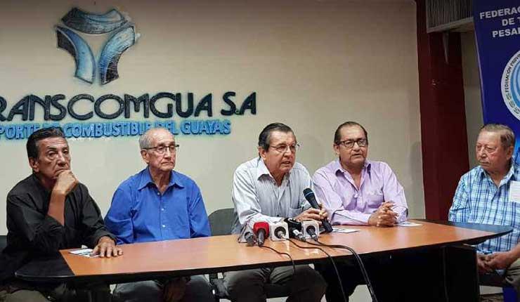 Gasolineros del Guayas dicen que dejarán de comprar gasolina Super