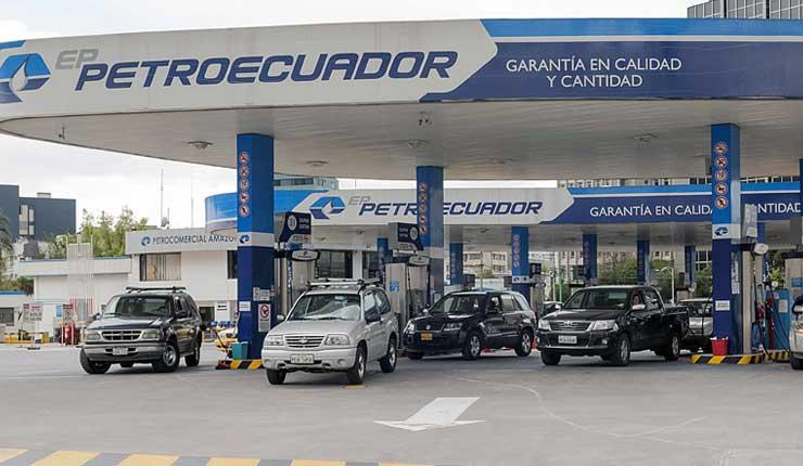 Retiro de subsidio a Gasolina Super en la mira de gobierno ecuatoriano