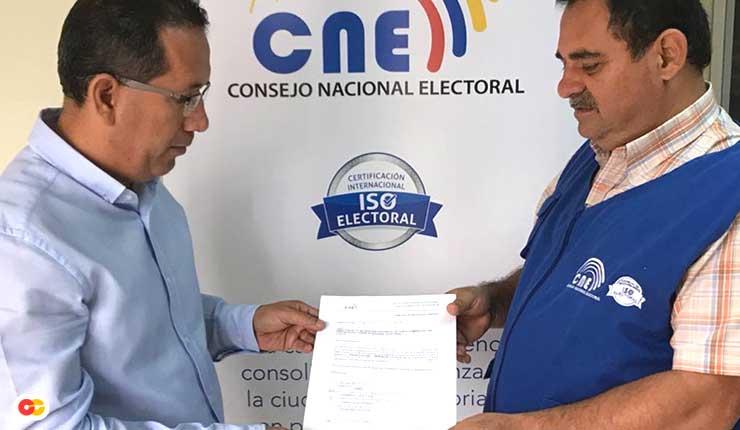 Prefecto de Santo Domingo se desafilia de Alianza País