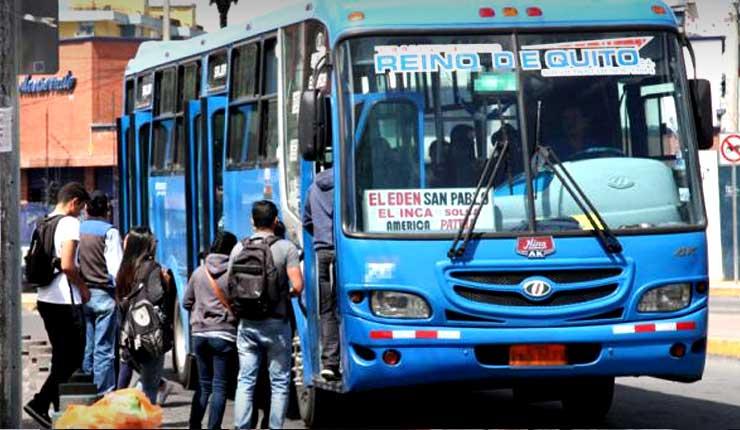 Municipio de Quito analiza subir a 0,30 centavos el pasaje de transporte urbano