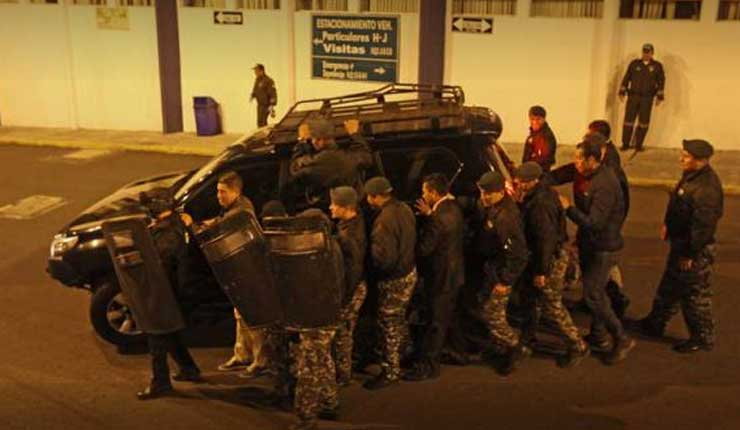 Fiscal pide indagar a Rafael Correa y a Javier Ponce por el 30-S