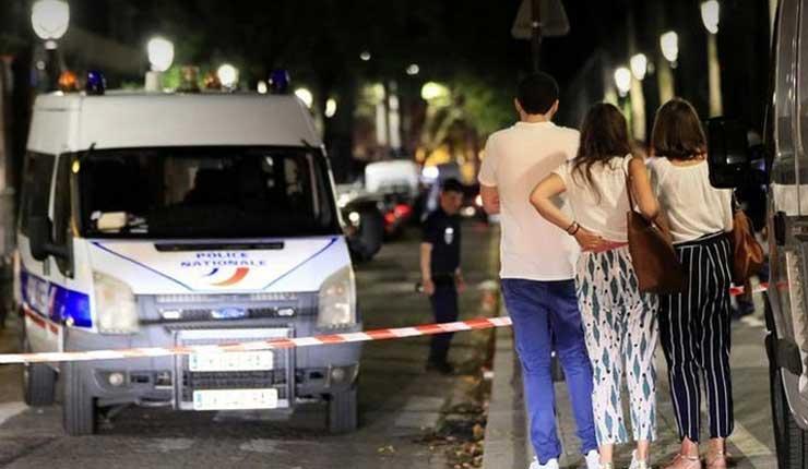 Ataque con cuchillo en centro de París deja 7 heridos