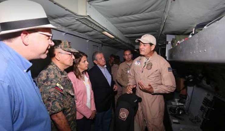 Avión de EE.UU. voló territorio ecuatoriano sin autoridades