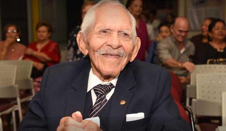 El compositor Guayaquileño, Carlos Rubira Infante falleció a los 96 años