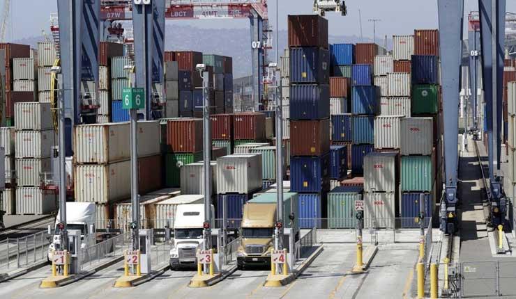 Déficit comercial de EEUU, aumenta a su máximo desde febrero