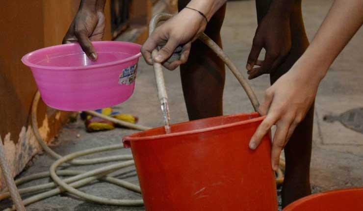 Interagua anuncia corte de agua durante 23 horas en el norte y sur de Guayaquil