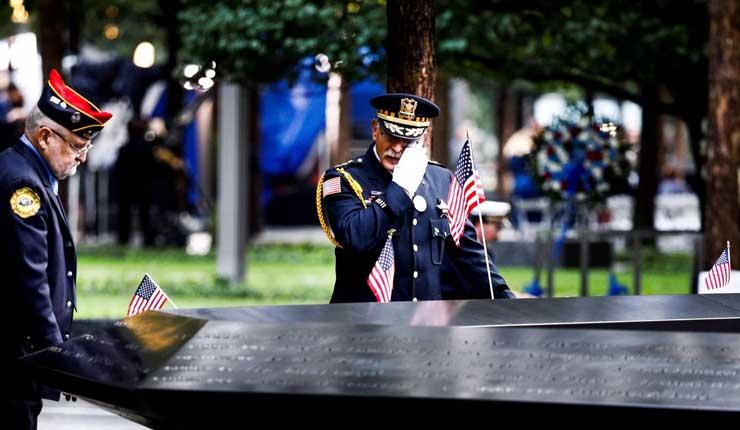 Con homenajes sombríos EEUU recuerda a víctimas del 11-S