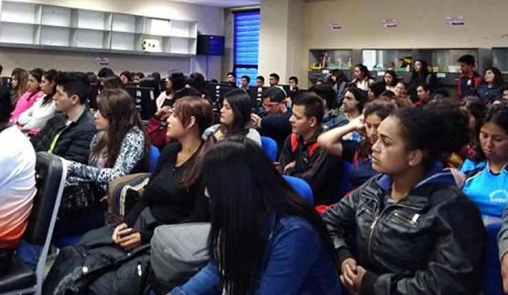 Jóvenes Universitarios, Santo Domingo, FEUE,