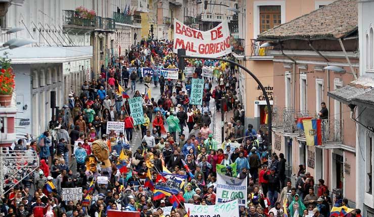 Protesta contra políticas de presidente Lenín Moreno en Quito