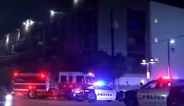 EEUU: Policía se equivoca de apartamento y mata a tiros a su propietario