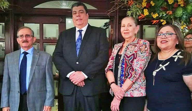 Exministro del Interior Mauro Toscanini regresa al rectorado de la Universidad Católica de Guayaquil