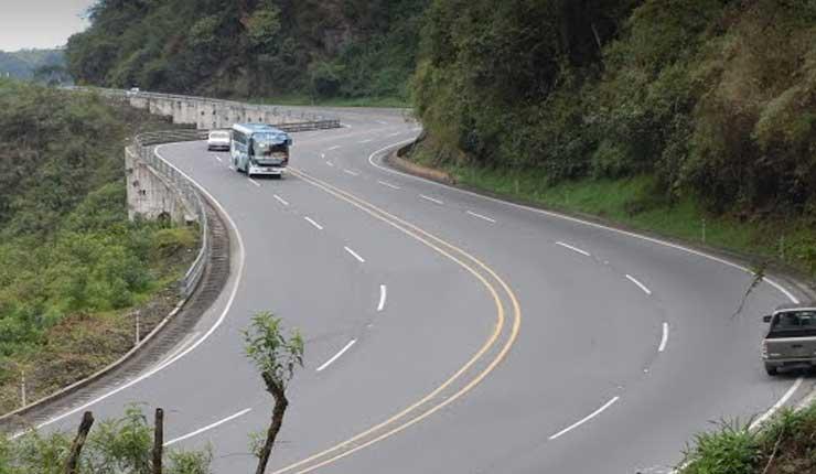 Se harán expropiaciones en la vía Alóag-Santo Domingo