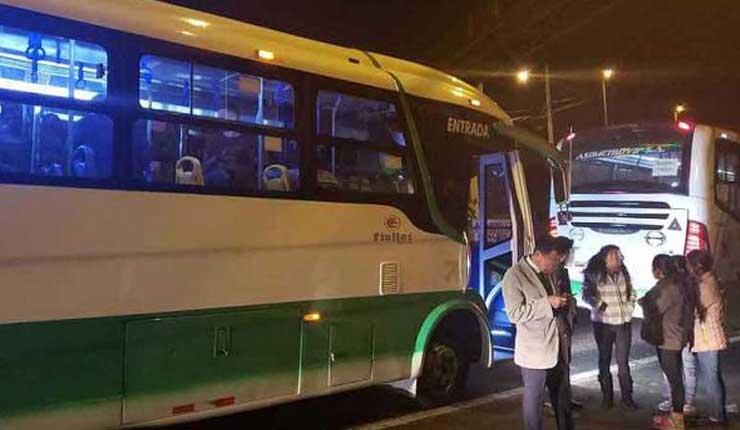 Quito: Asaltan a pasajeros de un bus la Av. Simón Bolivar