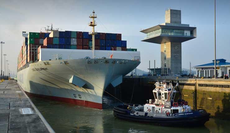 Canal de Panamá bate récord de carga pese a guerra comercial entre EEUU y China
