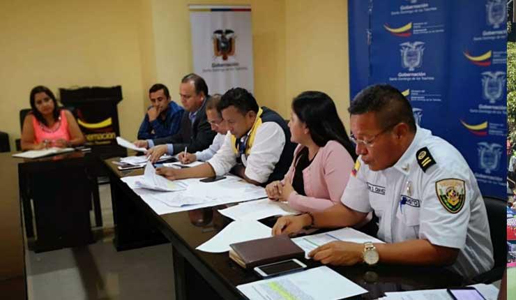 Disputa por competencias entre Empresa Pública de Transporte y la Comisión de Tránsito en Santo Domingo