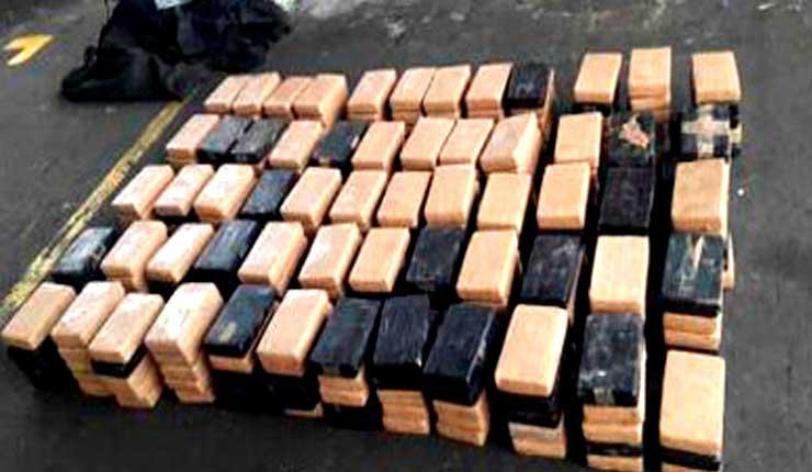 Agentes antinarcóticos desarticula banda e incauta droga en Galápagos