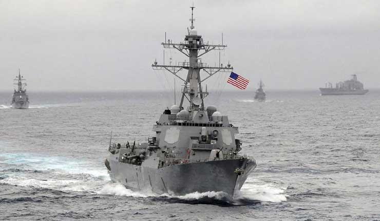 Barco de guerra de EEUU navega cerca de islas disputadas en el mar de China Meriodional