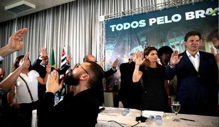 Brasil: Evangélicos apoyan a Haddad y critican fake news