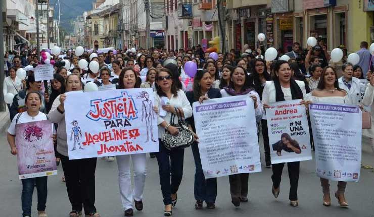 Según estudios, cada tres días se registra un caso de femicidio en Ecuador