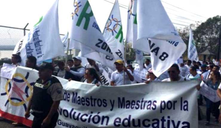 Movilización nacional, Red de Maestros reclama a Lenin Moreno por incumplimiento de ofertas de campaña