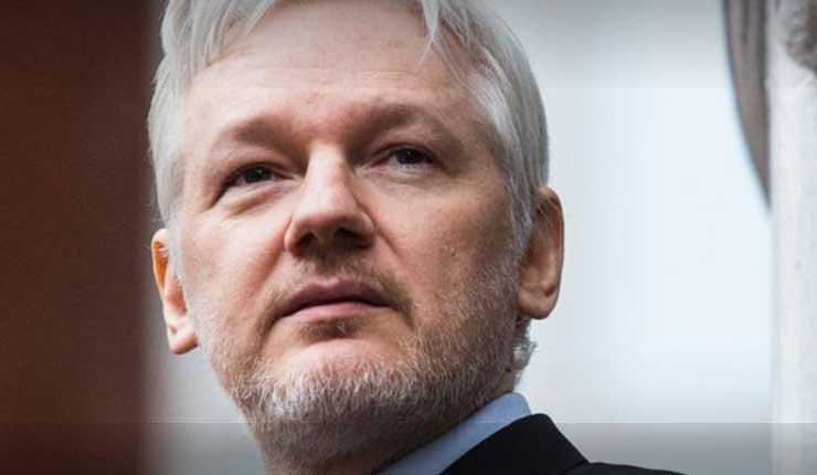 Julian Assange dispuesto a entregarse si justicia británica asegura que no lo extraditará a EEUU