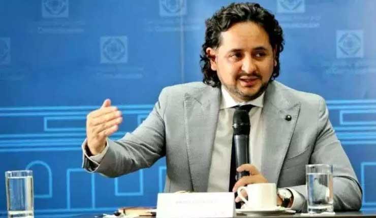 Alianza de Lenín Moreno con la banca privada amordaza a Ecuador
