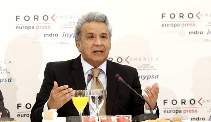 Moreno entrega la nómina de candidatos para integrar la comisión que elegirá a nueva Corte Constitucional