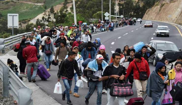 Estado de emergencia en tres provincias por migración de venezolanos