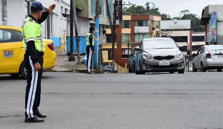 Agentes Civiles de Tránsito cumplen un mes de funciones en Santo Domingo