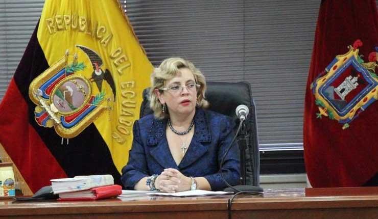 Jueza Camacho llama a juicio a Rafael Correa y 3 persianas más en el fraudulento caso Balda