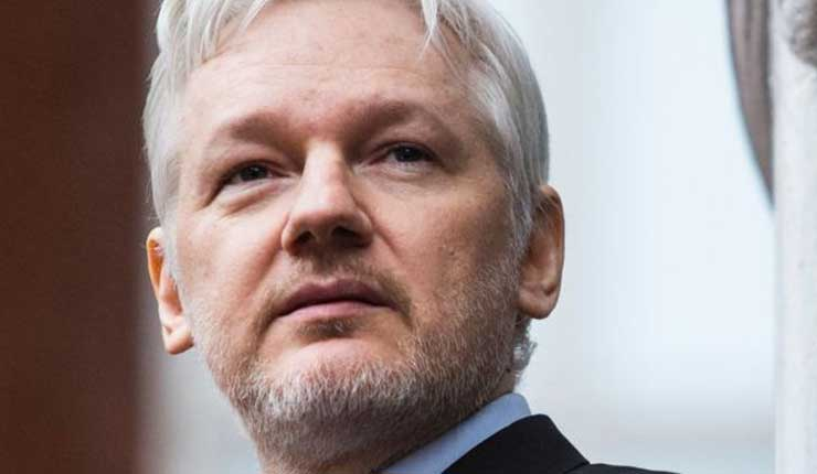 EEUU: documento judicial sugiere cargos contra Assange