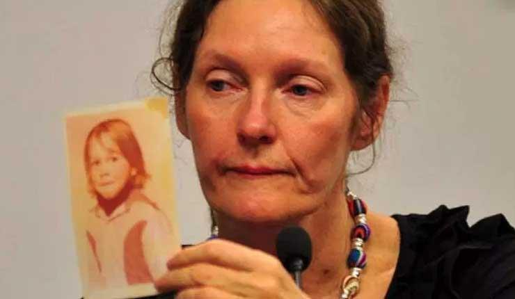 La madre de Assange denuncia la tortura que vive su hijo en la Embajada (Audio)