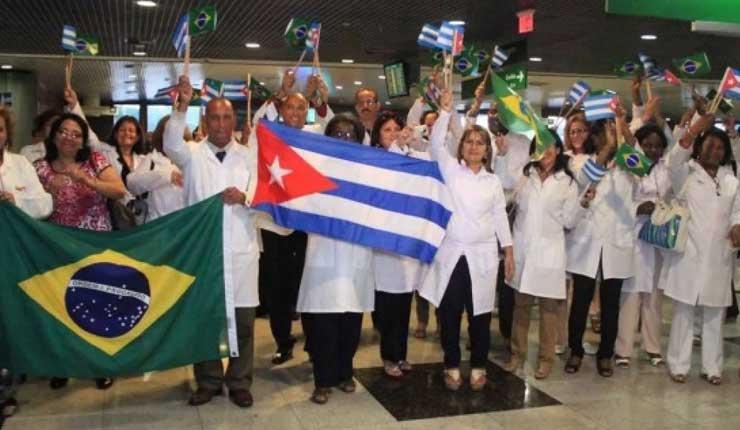 """Expertos cubanos de """"Más Médicos"""" empiezan a dejar Brasil"""