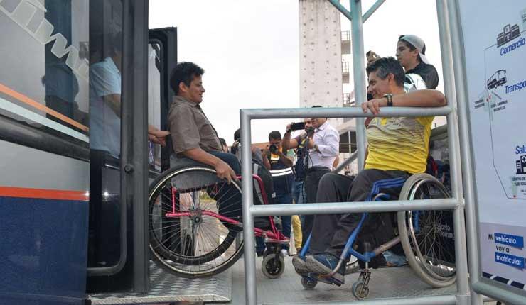 Paradas inclusivas de trasporte urbano ya están funcionando en Santo Domingo