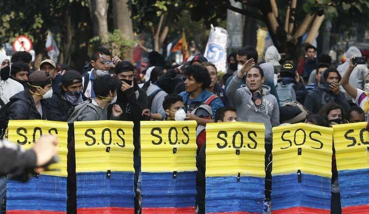 Estudiantes exigen mayor presupuesto educativo en Colombia