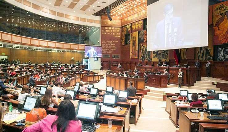 Vicepresidente de Ecuador será designado hoy por la Asamblea Nacional