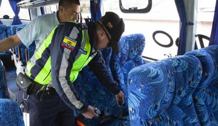 Buses intra e interprovinciales no podrán circular sin cinturón de seguridad